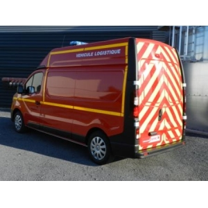 VEHICULE LOGISTIQUE RENAULT TRAFIC new